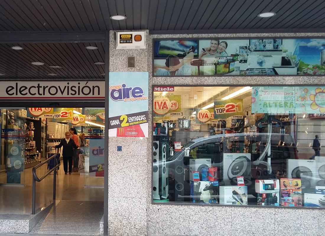 ACEAR. Tienda Tien 21 Electrovisión. Calatayud, Zaragoza.